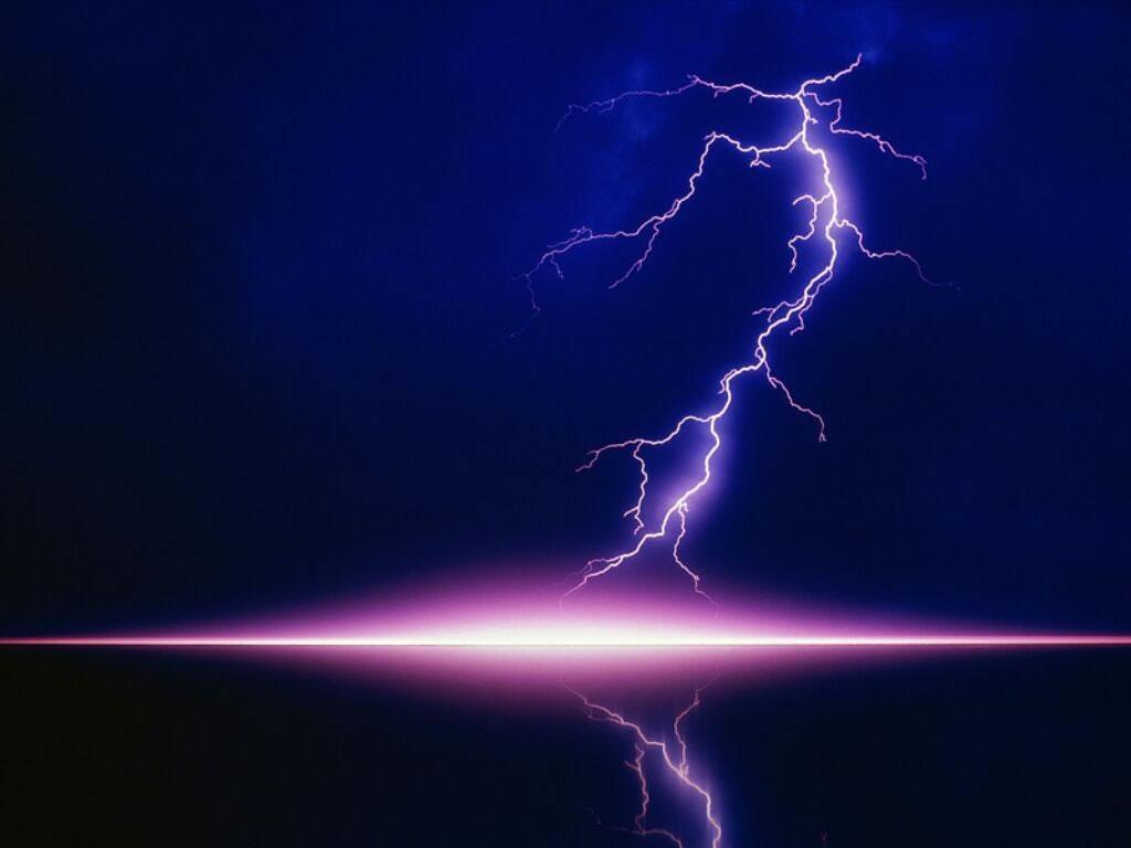 [FAIT] avatar et banniere  Lightning---eclair-01